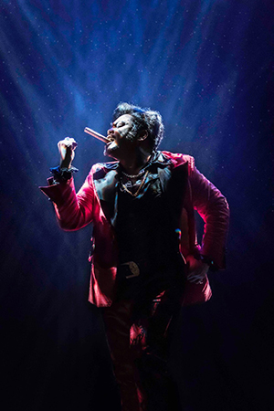 MISS SAIGON. Red Concepcion 'The Engineer' Photo © Johan Persson sml